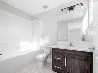 Photo 17: 40 SKYVIEW Parade NE in Calgary: Skyview Ranch Row/Townhouse for sale : MLS®# C4286431