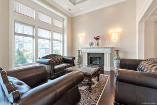 Photo 4: 6231 DANUBE Road in Richmond: Woodwards House for sale : MLS®# R2446308
