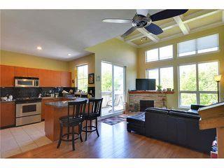 "Photo 2: 308 1175 55 Street in Delta: Tsawwassen Central Condo for sale in ""ONYX COURT"" (Tsawwassen)  : MLS®# R2453495"