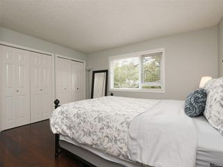 Photo 13: 103 1158 Fairfield Rd in : Vi Fairfield West Condo for sale (Victoria)  : MLS®# 854012