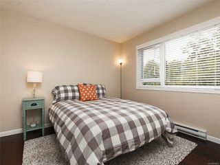 Photo 15: 103 1158 Fairfield Rd in : Vi Fairfield West Condo for sale (Victoria)  : MLS®# 854012