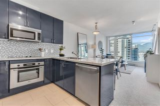 """Photo 15: 2203 1188 W PENDER Street in Vancouver: Coal Harbour Condo for sale in """"Sapphire"""" (Vancouver West)  : MLS®# R2526946"""