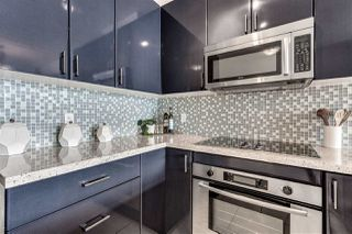 """Photo 12: 2203 1188 W PENDER Street in Vancouver: Coal Harbour Condo for sale in """"Sapphire"""" (Vancouver West)  : MLS®# R2526946"""