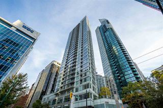 """Photo 21: 2203 1188 W PENDER Street in Vancouver: Coal Harbour Condo for sale in """"Sapphire"""" (Vancouver West)  : MLS®# R2526946"""