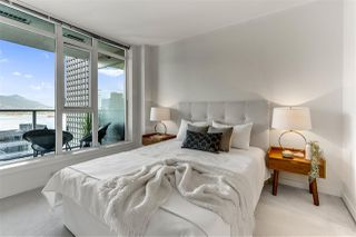 """Photo 9: 2203 1188 W PENDER Street in Vancouver: Coal Harbour Condo for sale in """"Sapphire"""" (Vancouver West)  : MLS®# R2526946"""