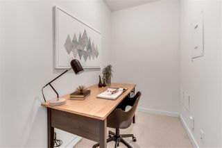"""Photo 16: 2203 1188 W PENDER Street in Vancouver: Coal Harbour Condo for sale in """"Sapphire"""" (Vancouver West)  : MLS®# R2526946"""