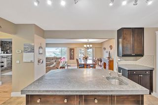 Photo 12: 300 Milburn Dr in : Co Lagoon House for sale (Colwood)  : MLS®# 862707