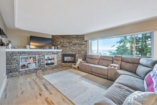 Photo 5: 300 Milburn Dr in : Co Lagoon House for sale (Colwood)  : MLS®# 862707
