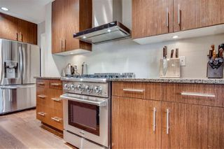 """Photo 10: 209 16477 64 Avenue in Surrey: Cloverdale BC Condo for sale in """"St Andrews"""" (Cloverdale)  : MLS®# R2527449"""