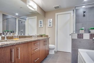 """Photo 18: 209 16477 64 Avenue in Surrey: Cloverdale BC Condo for sale in """"St Andrews"""" (Cloverdale)  : MLS®# R2527449"""