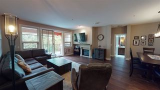 """Photo 11: 209 16477 64 Avenue in Surrey: Cloverdale BC Condo for sale in """"St Andrews"""" (Cloverdale)  : MLS®# R2527449"""