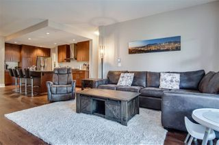 """Photo 5: 209 16477 64 Avenue in Surrey: Cloverdale BC Condo for sale in """"St Andrews"""" (Cloverdale)  : MLS®# R2527449"""