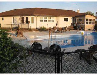 Photo 2: 321 SEEKINGS Street in HEADINGLEY: Headingley South Residential for sale (South Winnipeg)  : MLS®# 2919964