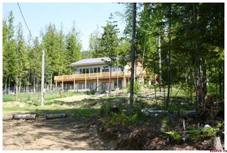 Photo 1: 6729 Magna Bay Road: Magna Bay Residential Detached for sale (North Shore)  : MLS®# 10008416