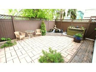 Photo 4: 495 Camden Place in Winnipeg: Residential for sale