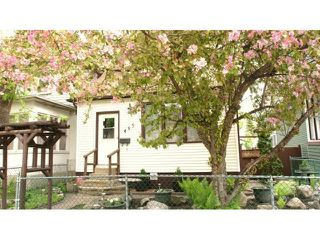 Photo 1: 495 Camden Place in Winnipeg: Residential for sale