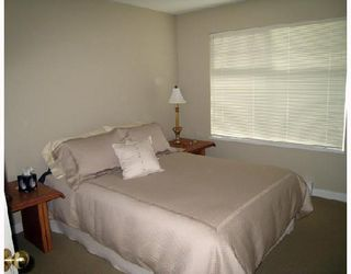 """Photo 7: 24 5950 OAKDALE Road in Burnaby: Oaklands Townhouse for sale in """"HEATHERCREST"""" (Burnaby South)  : MLS®# V663495"""