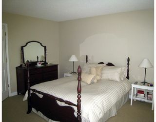"""Photo 6: 24 5950 OAKDALE Road in Burnaby: Oaklands Townhouse for sale in """"HEATHERCREST"""" (Burnaby South)  : MLS®# V663495"""