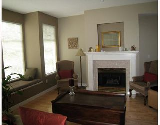 """Photo 2: 24 5950 OAKDALE Road in Burnaby: Oaklands Townhouse for sale in """"HEATHERCREST"""" (Burnaby South)  : MLS®# V663495"""
