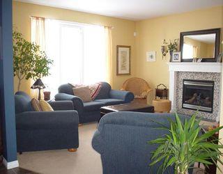 Photo 3: 31 CLAPHAM Cove in WINNIPEG: St Vital Residential for sale (South East Winnipeg)  : MLS®# 2802200