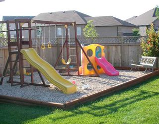 Photo 8: 31 CLAPHAM Cove in WINNIPEG: St Vital Residential for sale (South East Winnipeg)  : MLS®# 2802200
