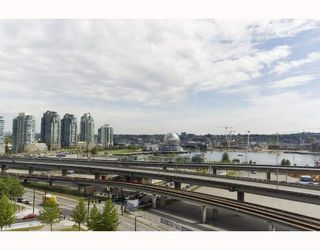 """Photo 8: 1110 688 ABBOTT Street in Vancouver: Downtown VW Condo for sale in """"FIRENZE II"""" (Vancouver West)  : MLS®# V714174"""