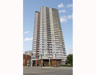 """Photo 1: 1110 688 ABBOTT Street in Vancouver: Downtown VW Condo for sale in """"FIRENZE II"""" (Vancouver West)  : MLS®# V714174"""