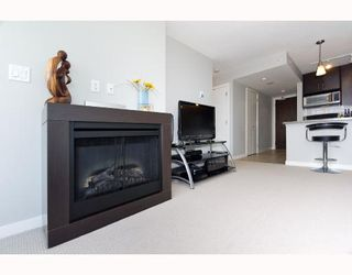 """Photo 6: 1110 688 ABBOTT Street in Vancouver: Downtown VW Condo for sale in """"FIRENZE II"""" (Vancouver West)  : MLS®# V714174"""