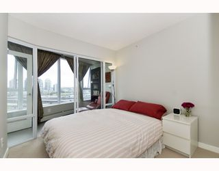 """Photo 7: 1110 688 ABBOTT Street in Vancouver: Downtown VW Condo for sale in """"FIRENZE II"""" (Vancouver West)  : MLS®# V714174"""
