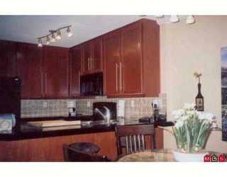 """Photo 5: 1369 GEORGE Street: White Rock Condo for sale in """"Cameo Terrace"""" (South Surrey White Rock)  : MLS®# F2627143"""