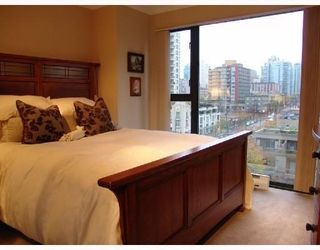 Photo 5: # 705 1155 HOMER ST in Vancouver: Condo for sale : MLS®# V759250