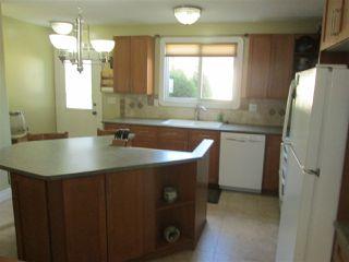 Photo 2: 671 VILLAGE Drive: Sherwood Park House for sale : MLS®# E4168276