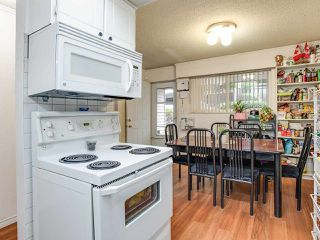 "Photo 6: 2023 HOLDOM Avenue in Burnaby: Parkcrest Townhouse for sale in ""BRENTWOOD GARDENS"" (Burnaby North)  : MLS®# R2394577"