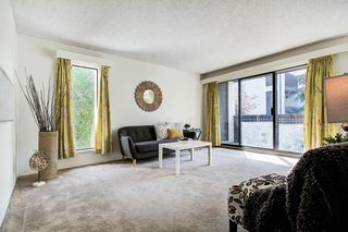 "Photo 3: 4 365 GINGER Drive in New Westminster: Fraserview NW Condo for sale in ""FRASER MEWS"" : MLS®# R2409781"