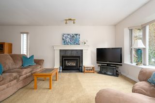 Photo 3: 2997 COAST MERIDIAN Road in Port Coquitlam: Glenwood PQ Townhouse for sale : MLS®# R2440834