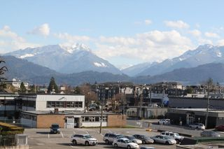 """Photo 11: 310 45744 SPADINA Avenue in Chilliwack: Chilliwack W Young-Well Condo for sale in """"APPLEWOOD COURT"""" : MLS®# R2442102"""