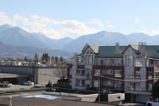 """Photo 12: 310 45744 SPADINA Avenue in Chilliwack: Chilliwack W Young-Well Condo for sale in """"APPLEWOOD COURT"""" : MLS®# R2442102"""