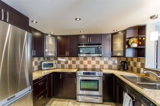 "Photo 3: 218 220 NEWPORT Drive in Port Moody: North Shore Pt Moody Condo for sale in ""The Burrard"" : MLS®# R2449063"