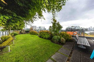 "Photo 16: 501 123 W 1ST Avenue in Vancouver: False Creek Condo for sale in ""COMPASS"" (Vancouver West)  : MLS®# R2465773"