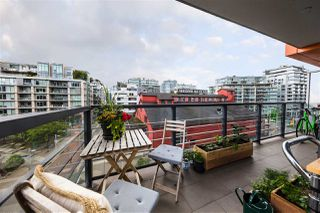 "Photo 12: 501 123 W 1ST Avenue in Vancouver: False Creek Condo for sale in ""COMPASS"" (Vancouver West)  : MLS®# R2465773"