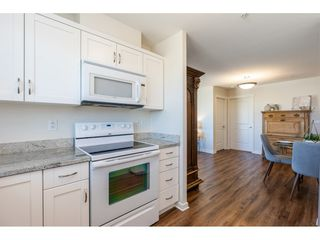 """Photo 8: 326 22323 48 Avenue in Langley: Murrayville Condo for sale in """"Avalon Gardens"""" : MLS®# R2501456"""