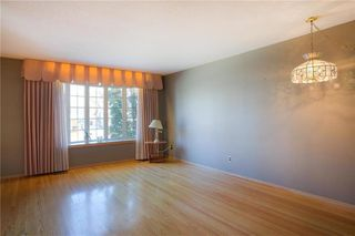 Photo 3: 707 Grierson Avenue in Winnipeg: Fort Richmond Residential for sale (1K)  : MLS®# 202028093