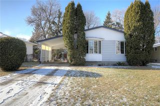 Photo 2: 707 Grierson Avenue in Winnipeg: Fort Richmond Residential for sale (1K)  : MLS®# 202028093
