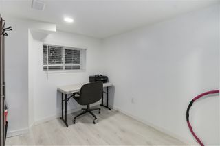 Photo 17: 215 BERNATCHEY Street in Coquitlam: Coquitlam West House for sale : MLS®# R2523412
