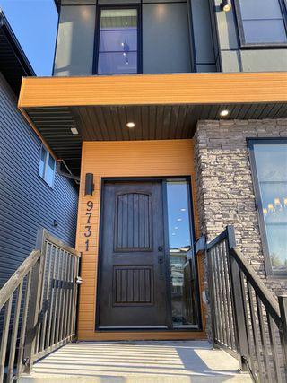 Photo 2: 9731 161 Street NW in Edmonton: Zone 22 House for sale : MLS®# E4224591