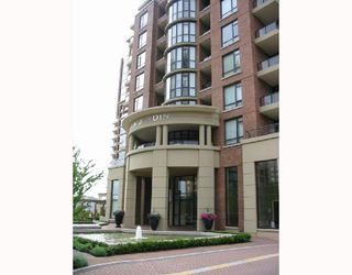Photo 3: 307 6833 Station Hill Drive in Burnaby: South Slope Condo for sale (Burnaby South)  : MLS®# V660691