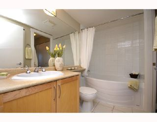"Photo 9: 306 1858 W 5TH Avenue in Vancouver: Kitsilano Condo for sale in ""GREENWICH"" (Vancouver West)  : MLS®# V690914"
