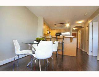 "Photo 5: 306 1858 W 5TH Avenue in Vancouver: Kitsilano Condo for sale in ""GREENWICH"" (Vancouver West)  : MLS®# V690914"