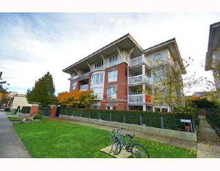 "Photo 2: 306 1858 W 5TH Avenue in Vancouver: Kitsilano Condo for sale in ""GREENWICH"" (Vancouver West)  : MLS®# V690914"