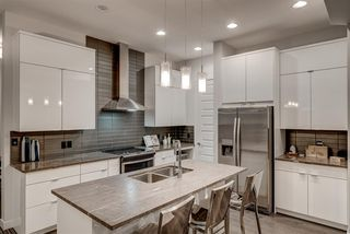 Photo 6: 1303 GRAYDON HILL Way in Edmonton: Zone 55 House for sale : MLS®# E4165518
